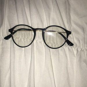 Black circular Glasses